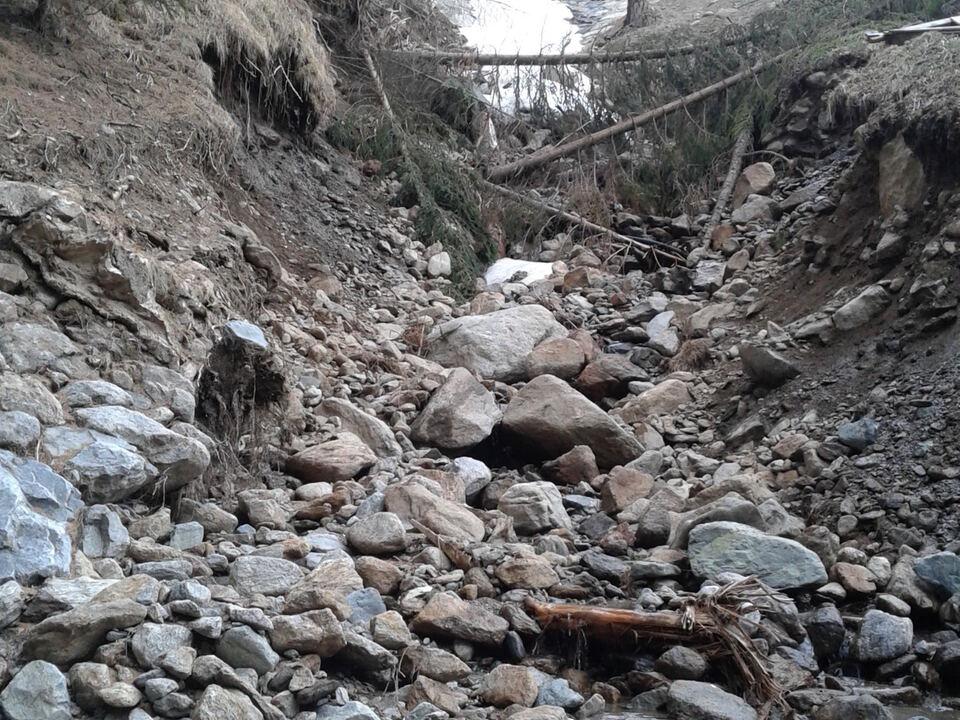 Bach Überschwemmung Brücke Langtaufers