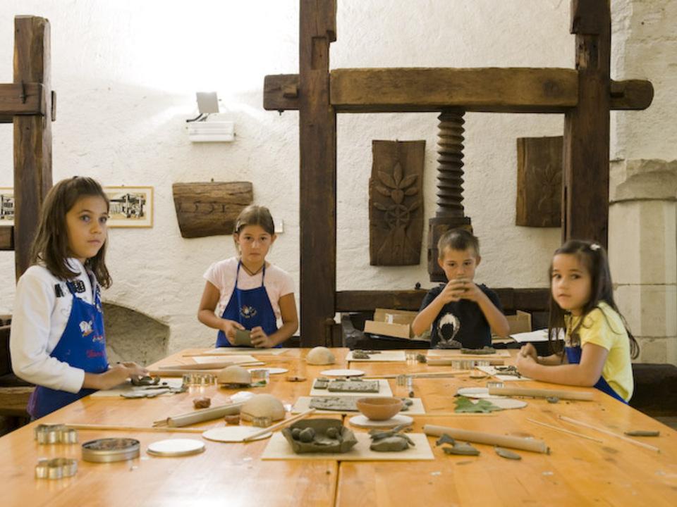 Weinmuseum Töpfern Kinder