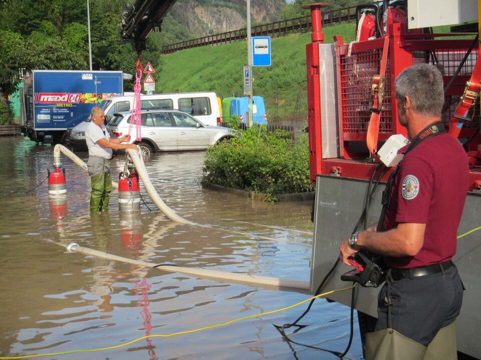 Regen Bozen Feuerwehr
