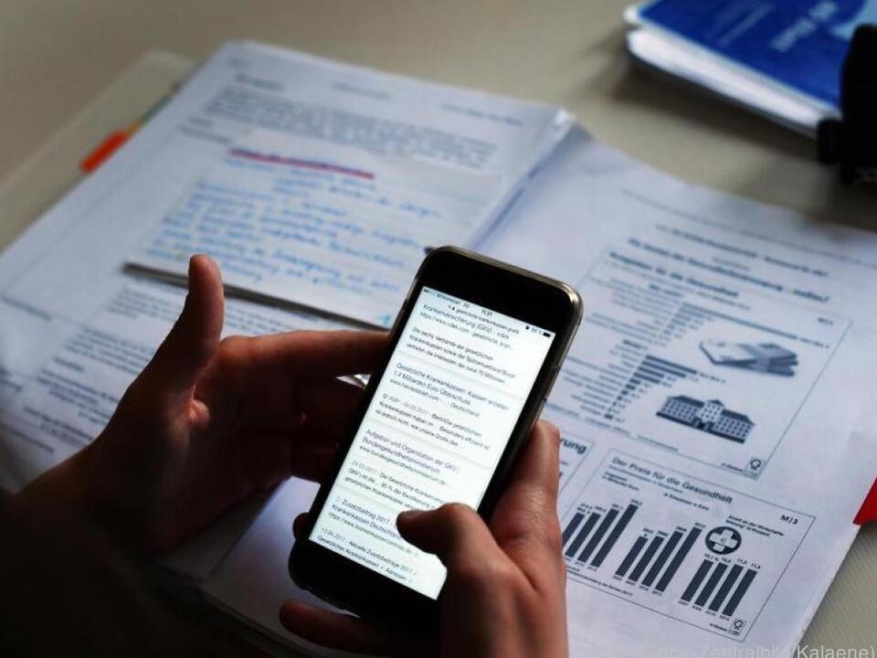 Bei Sicherheits- und Funktionsupdates hinken Billig-Anbieter hinterher