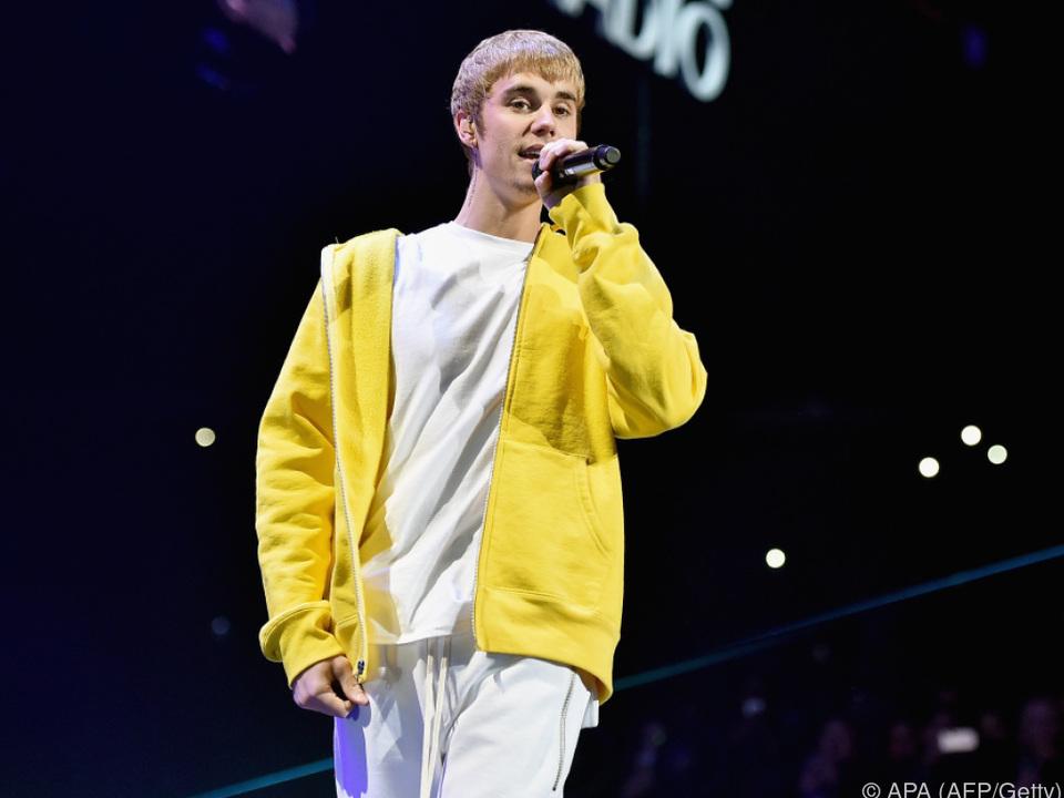 Bieber blieb am Unfallort, bis die Einsatzkräfte eintrafen