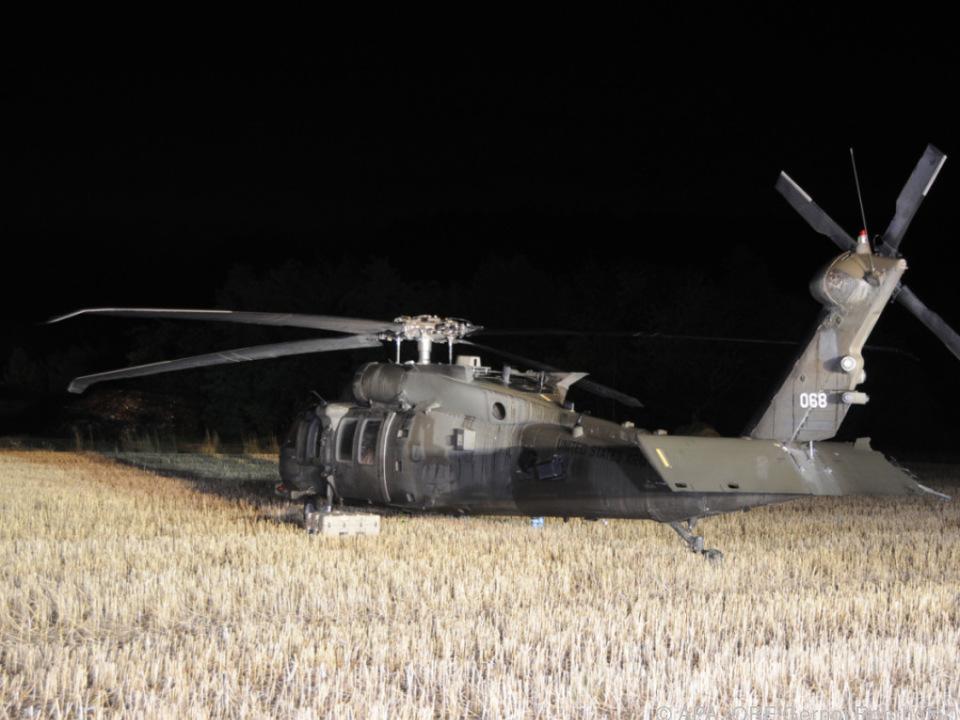 Black Hawk im Kornfeld