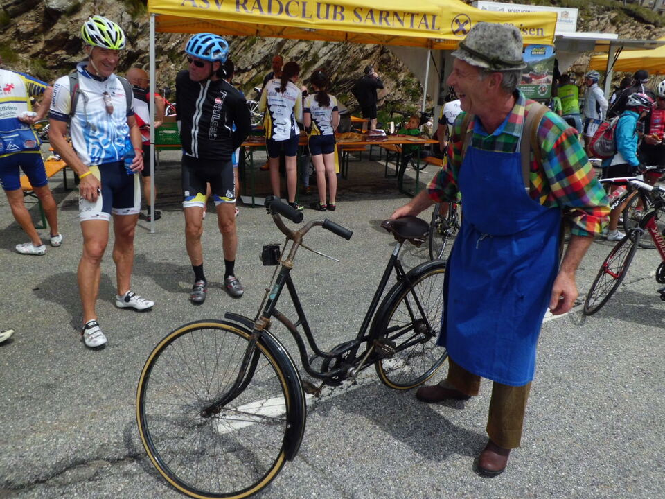 Erster autofreier Radtag aufs Penser Joch