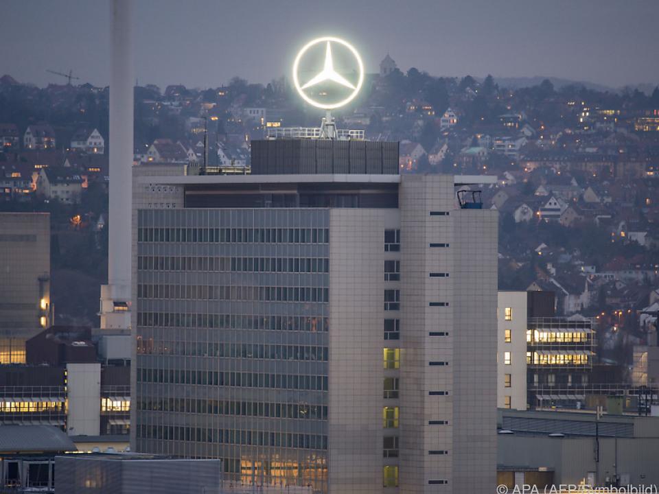 Daimler gerät unter Druck