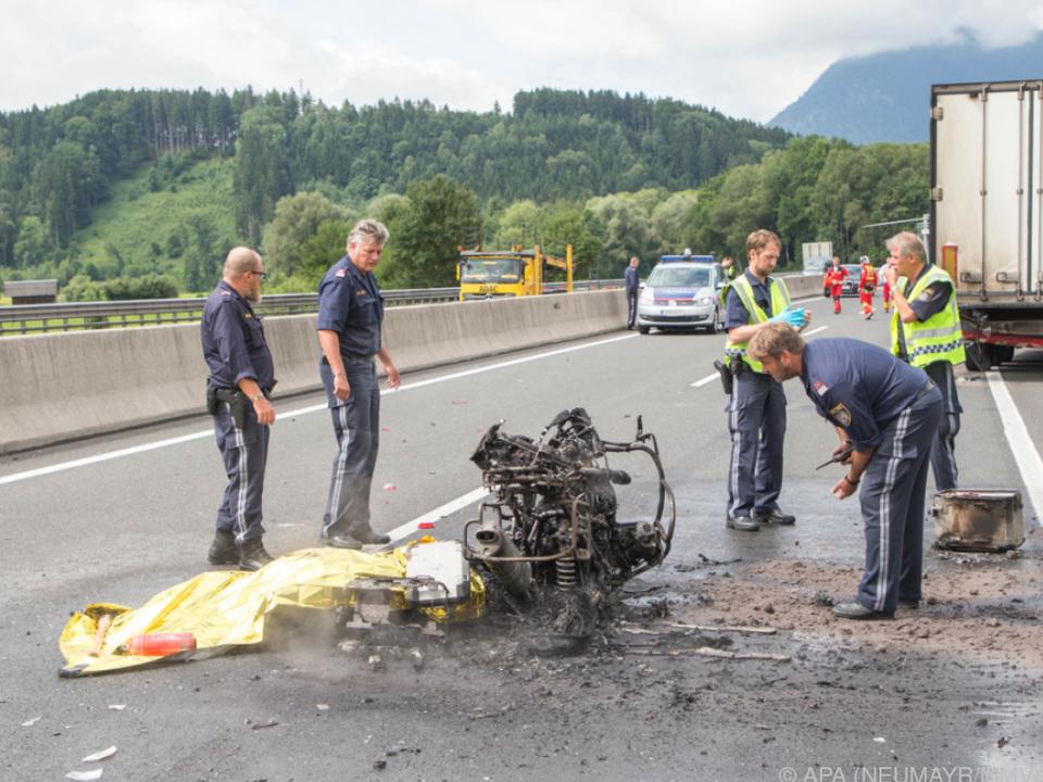 Das Motorrad verbrannte