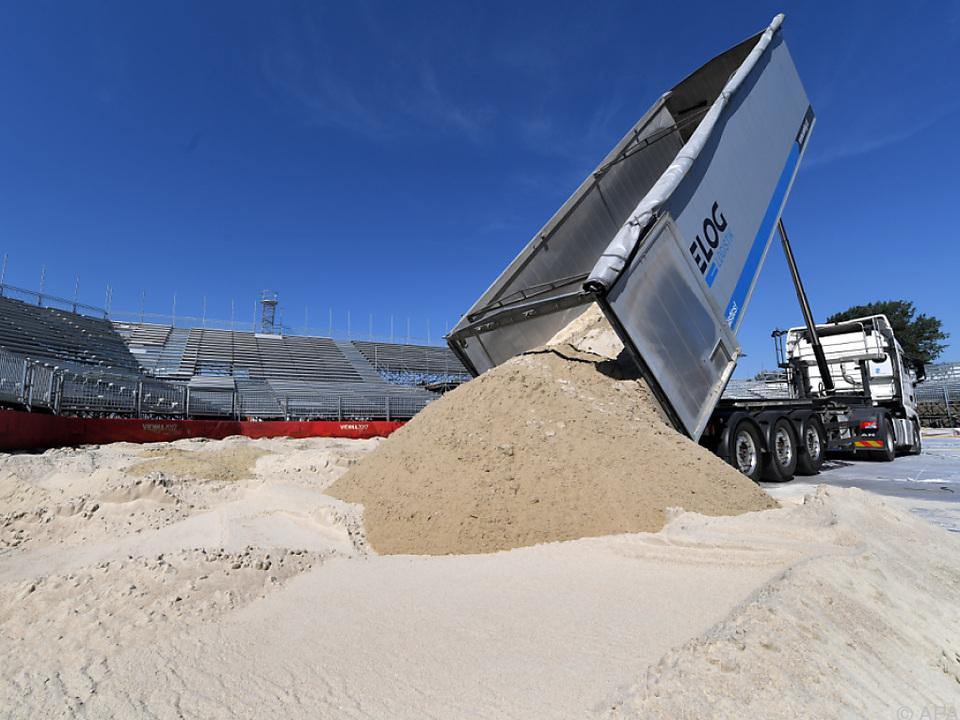 Das WM-Stadion nimmt Gestalt an