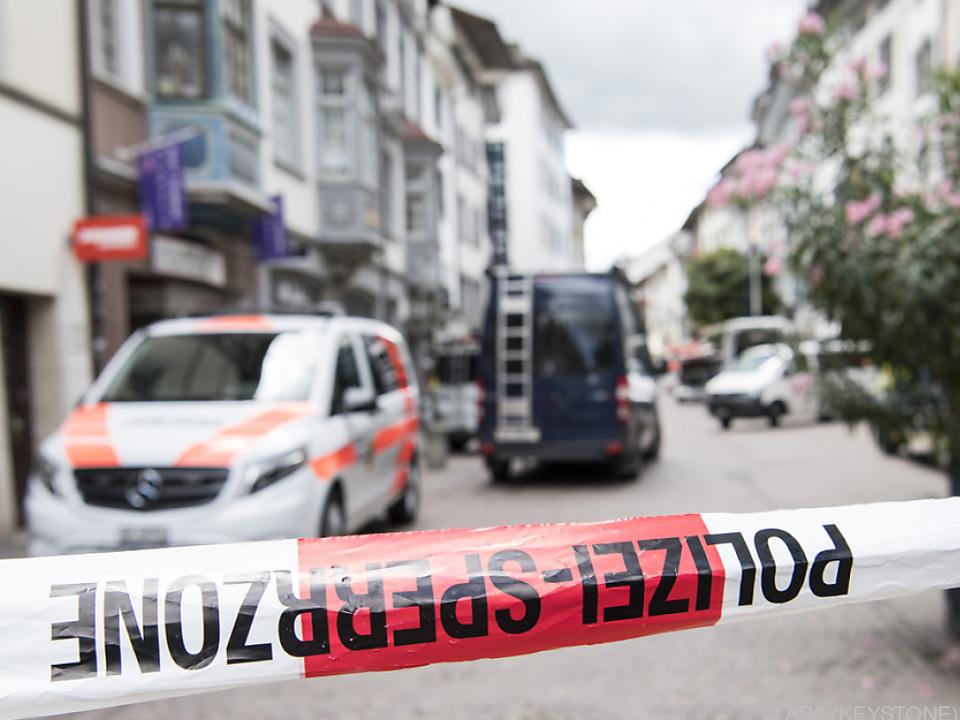 Der Angreifer verletzte zwei Krankenkassen-Mitarbeiter