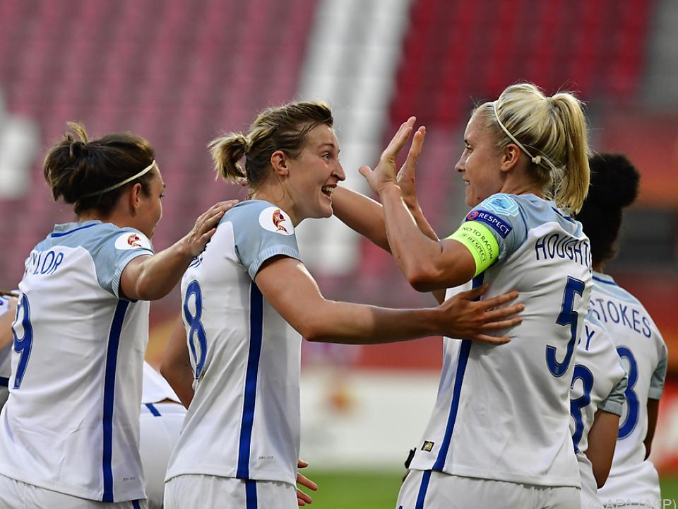 Die Engländerinnen gewannen klar 6:0