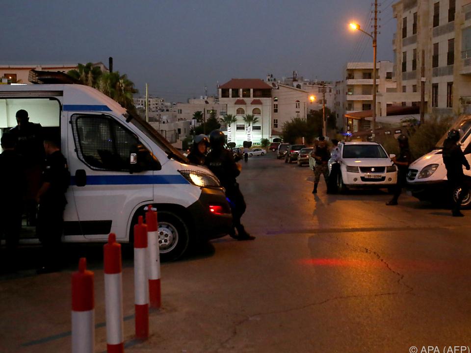 Die jordanischen Behörden riegelten das Gelände ab