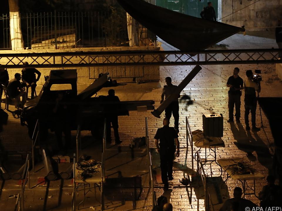 Nach Abbau von Metalldetektoren : Abbas fordert zu Rückkehr auf Tempelberg auf