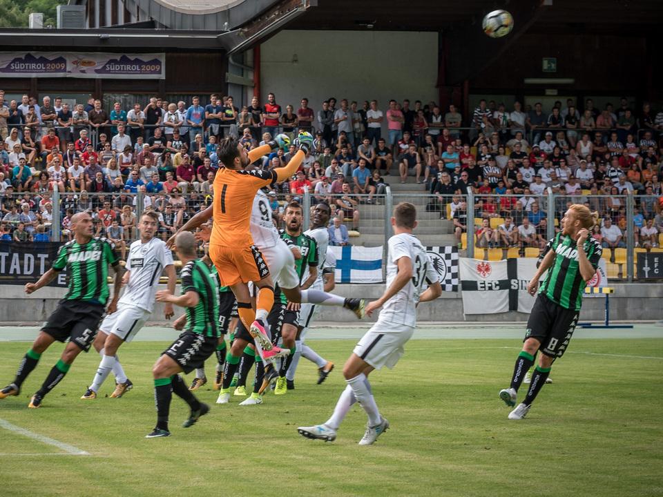 Eintracht Frankfurt und US Sassuolo trennen sich 1:1 Brixen