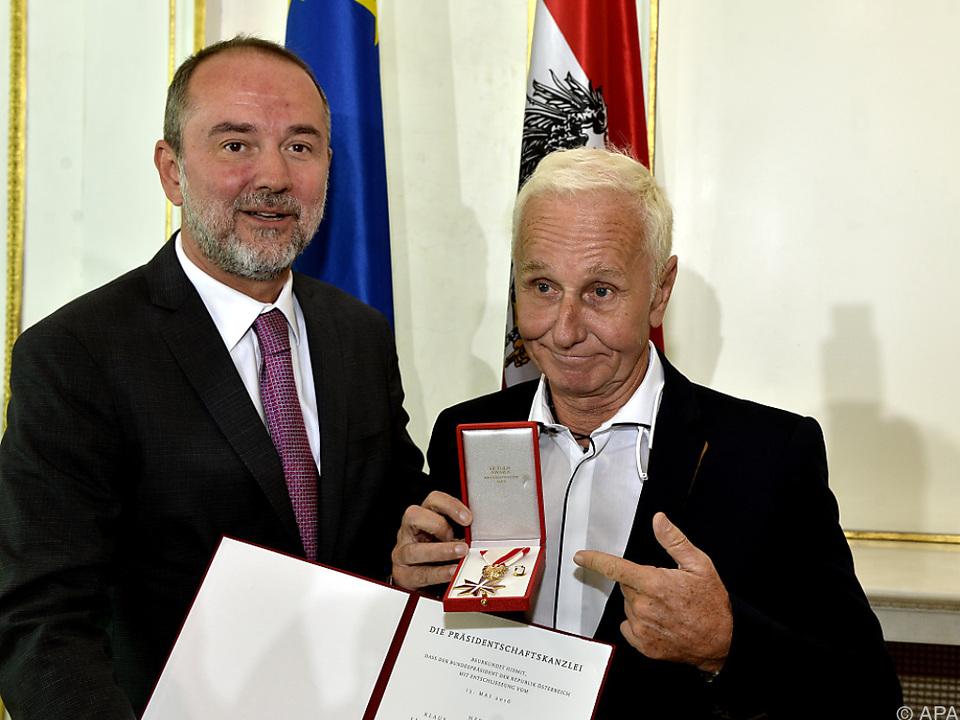 Eberhartinger widmete halbe Auszeichnung Kompagnon Spitzer