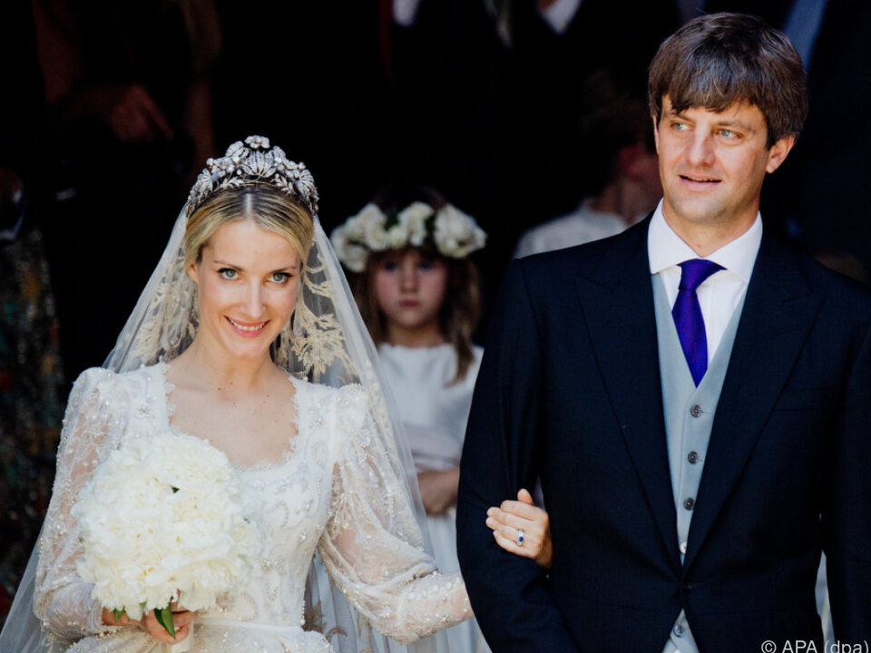 Ekaterina und Ernst August nach der Trauung