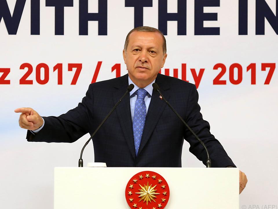 Erdogan schloss eine Rückkehr zur Normalität bis auf weiteres aus