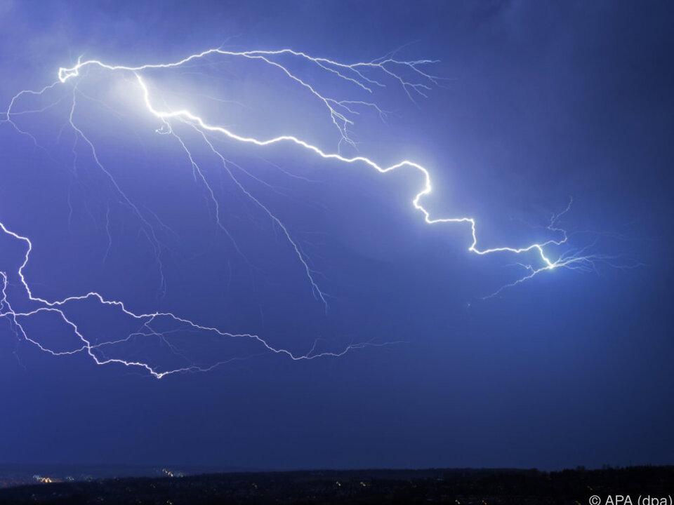 Heftige Gewitter in weiten Teilen des Landes