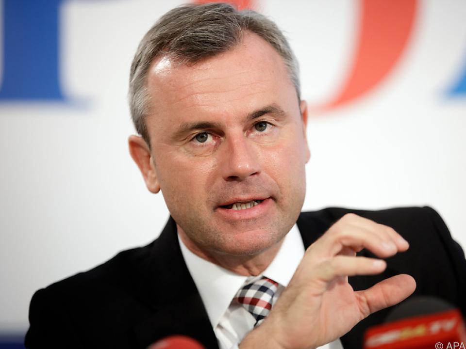 Hofer soll hinter Strache auf Platz Zwei der FPÖ-Bundesliste antreten.