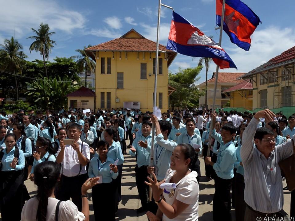 In Kambodscha brach Jubel aus, der Sambor Prei Kuk Tempel ist dabei