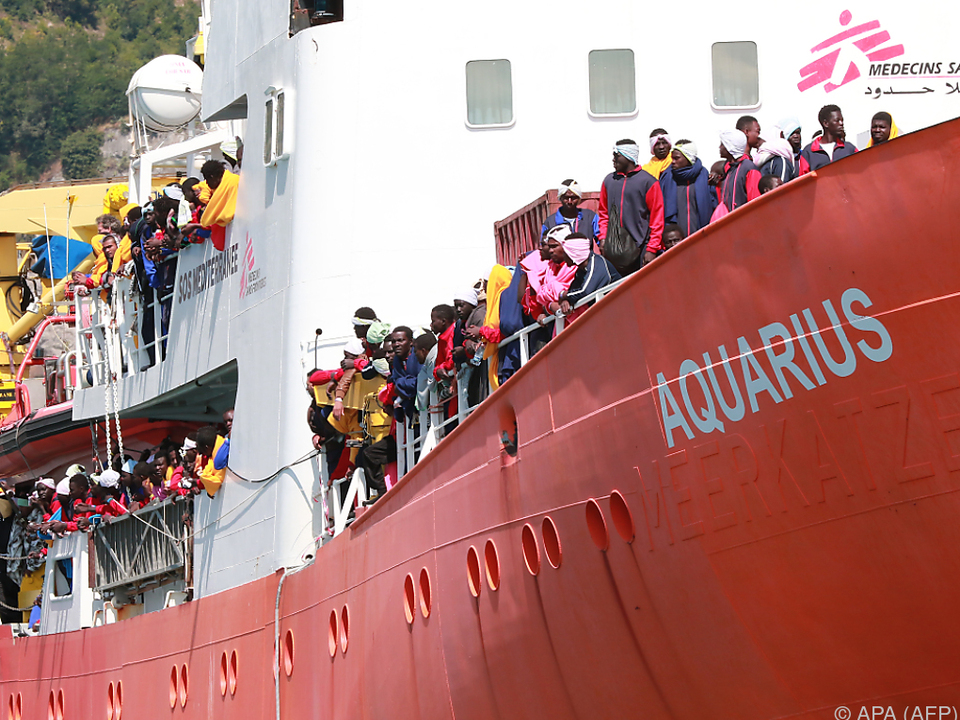 Italien fühlt sich in der Flüchtlingskrise in Stich gelassen flüchtlinge ngo