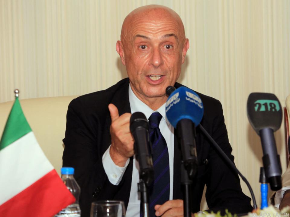 Minniti plant ein Treffen mit NGO-Vertretern