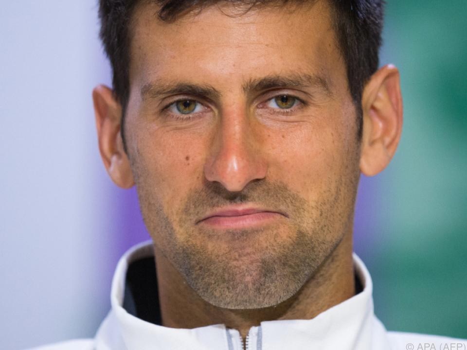 Novak Djokovic hat Schmerzen im Ellbogen