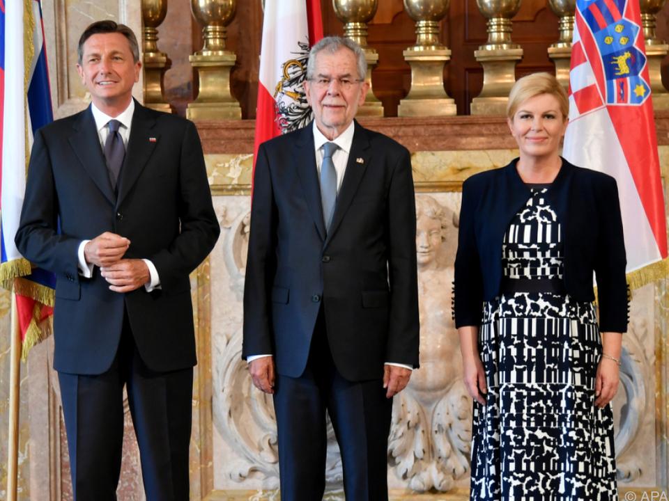 Pahor, Van der Bellen und Grabar-Kitarovic trafen sich in Salzburg