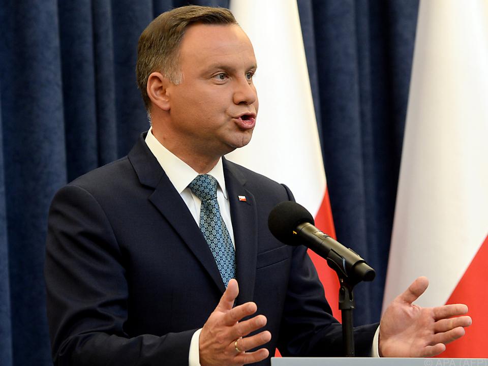 Polens Präsident steht innen- und außenpolitisch unter Druck