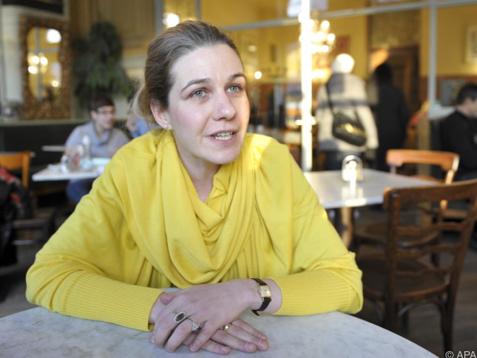 Ruth Mader präsentiert düstere Zukunftsvisionen