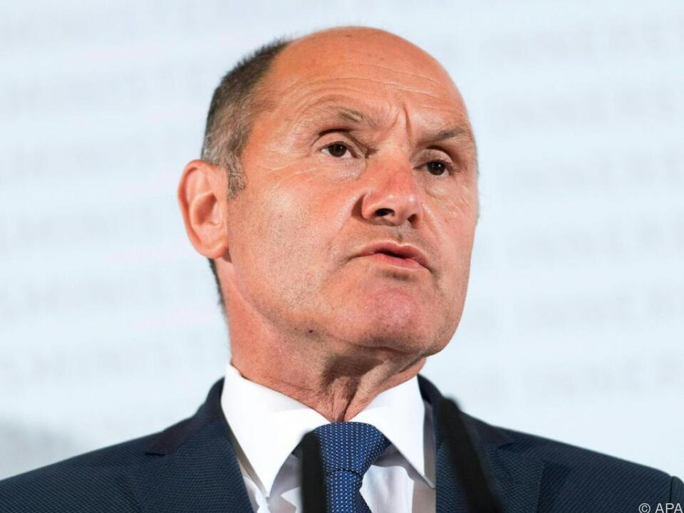 Sobotka will Flüchtlingspolitik hinterfragen