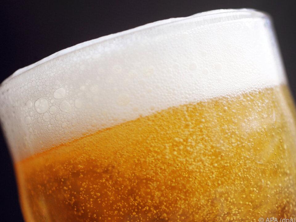 Steigen die Temperaturen, wird mehr alkoholfreies Bier getrunken