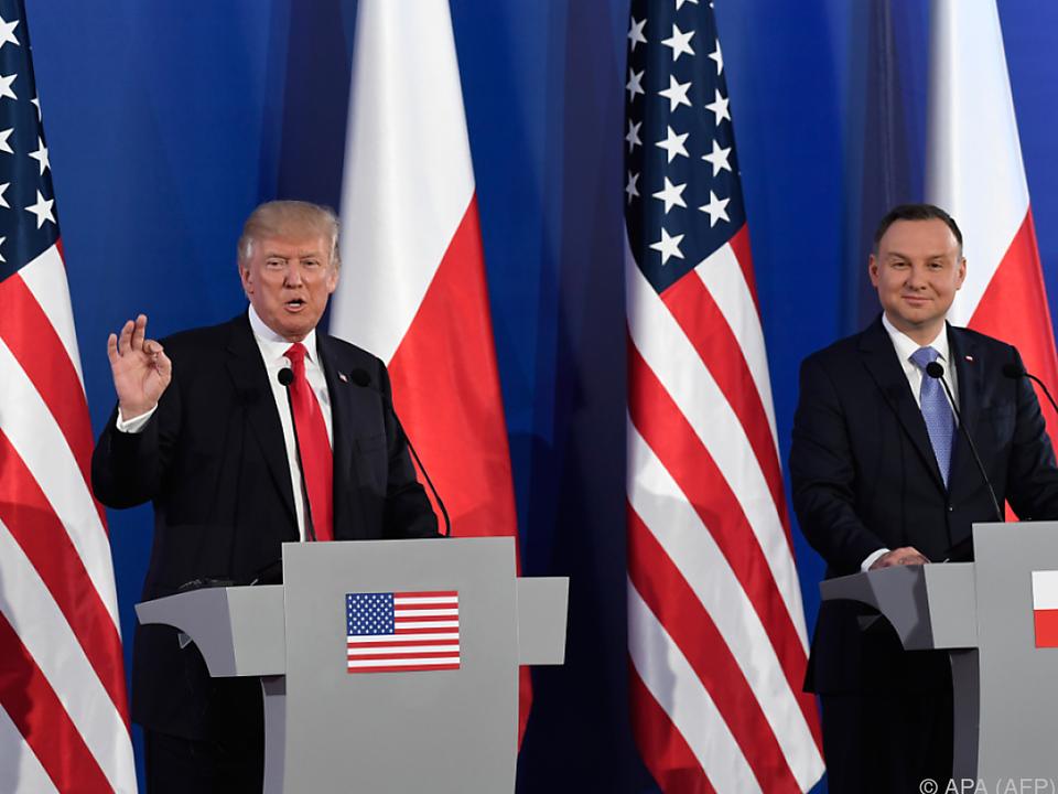 Trump wurde vom polnischen Präsidenten Duda empfangen