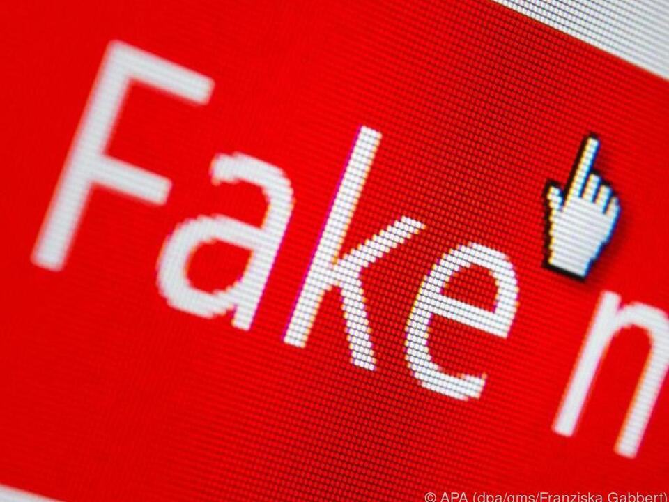 Vor dem Teilen oder Liken von News sollte man deren Echtheit überprüfen