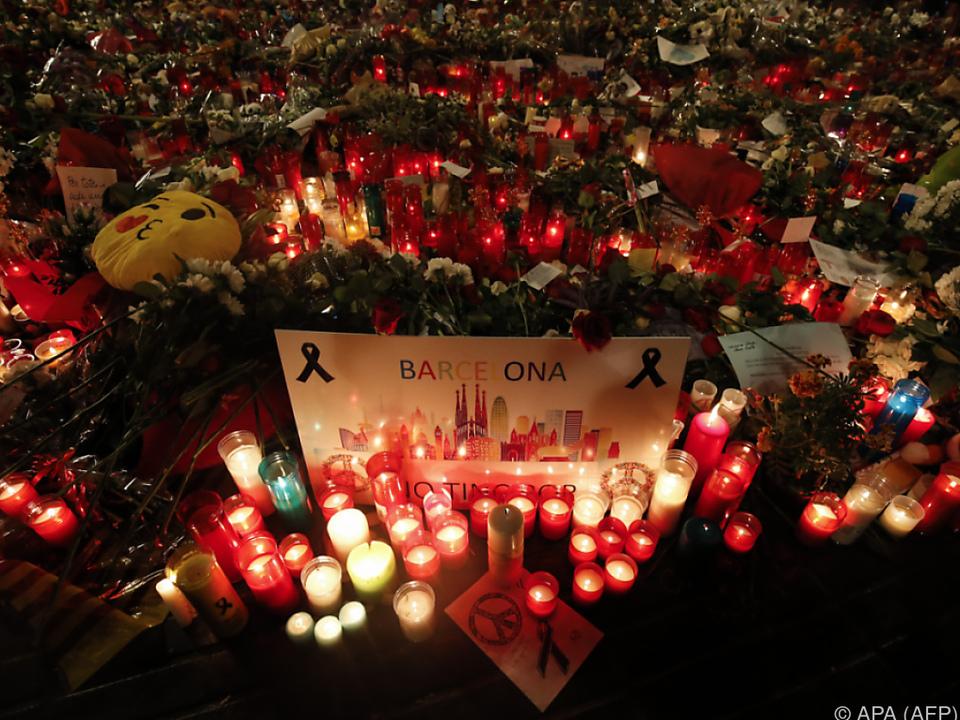 15 Menschen verloren gewaltsam ihr Leben