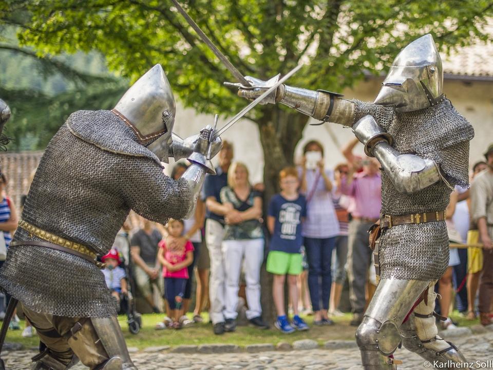 Ritter Mittelalterfest Schloss Tirol