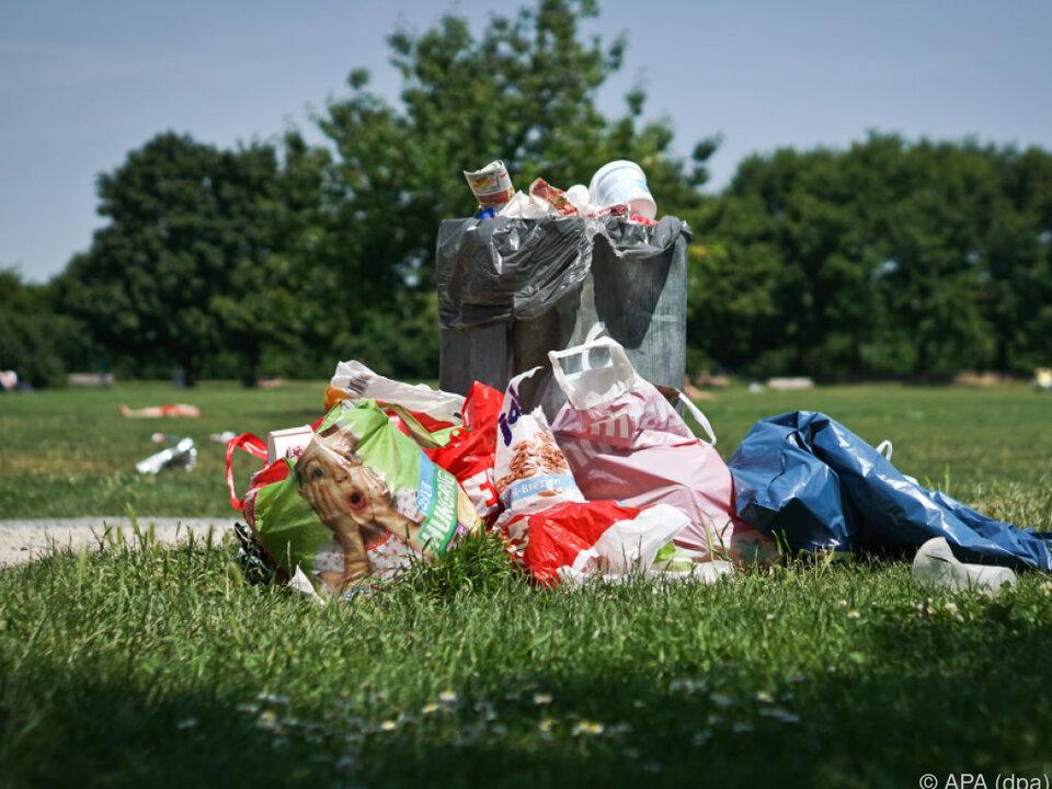 Achtlos weggeworfene oder liegen gelassene Gegenstände größtes Problem