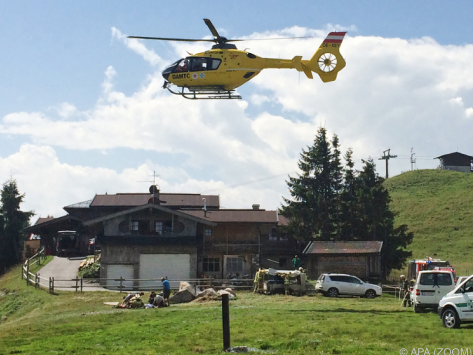 Arbeitsunfall beim Berggasthof Jochstubn bei Ellmau in Tirol