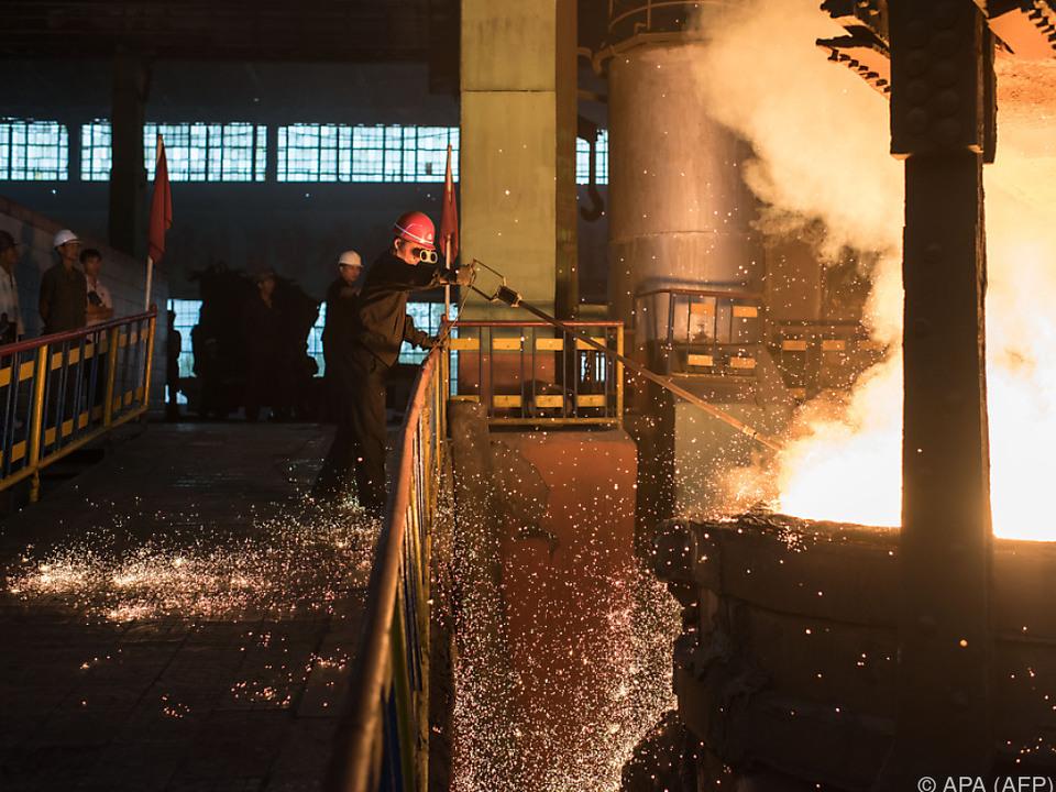 China ist der wichtigste Abnehmer der nordkoreanischen Industrie arbeit metall job sym