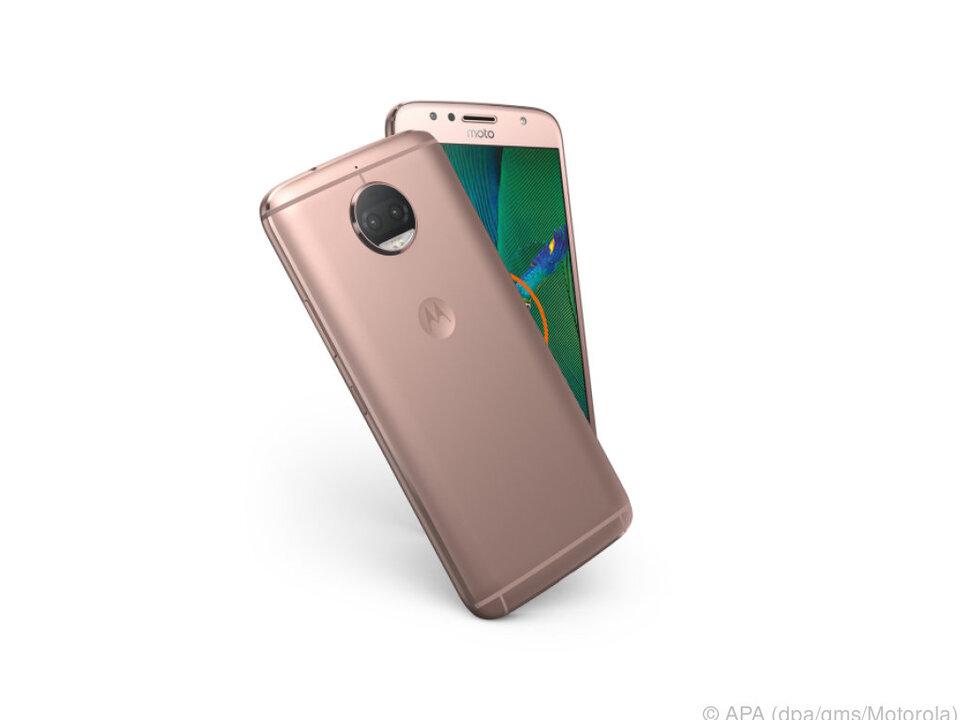 Im neuen Smartphone Moto G5S Plus steckt eine Doppelkamera