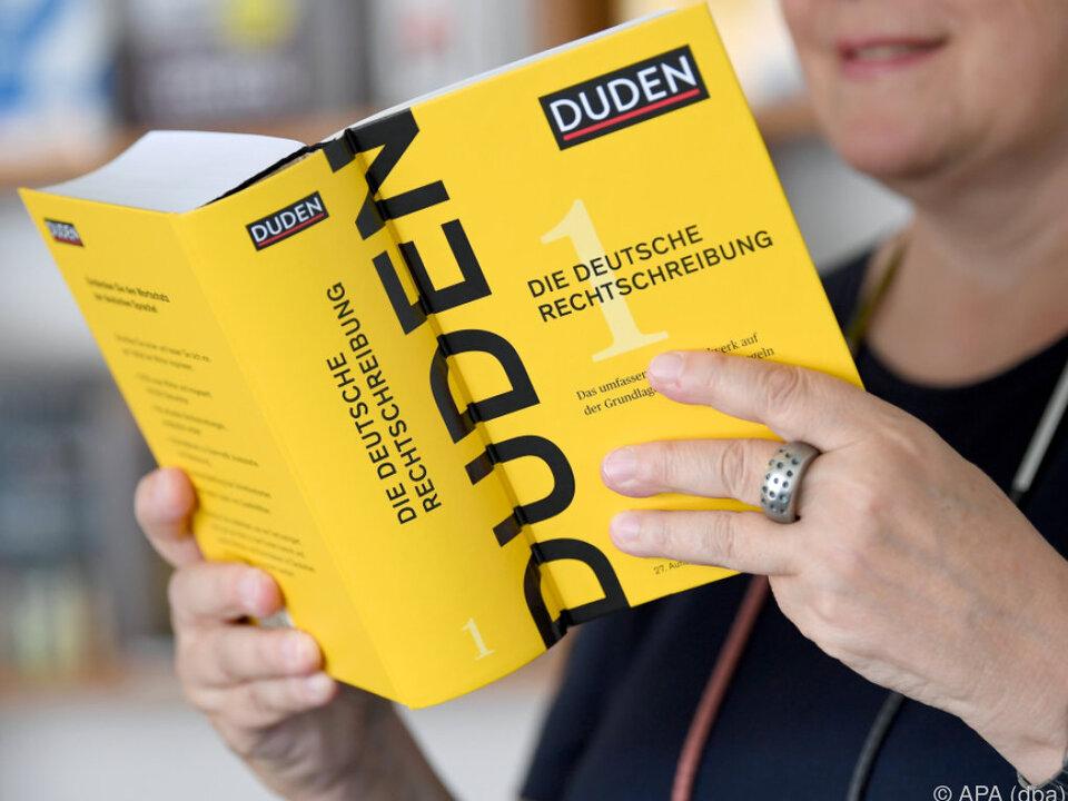 Der Duden enthält nun 145.000 Wörter