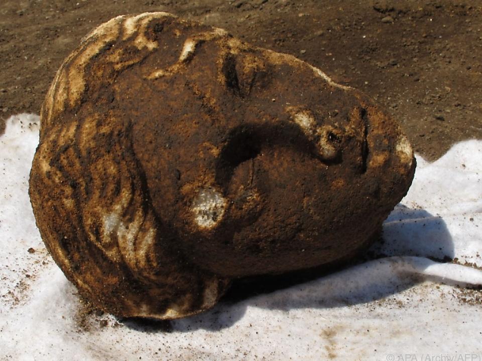 Der Kopf einer in Rom gefundenen Ovid-Statue