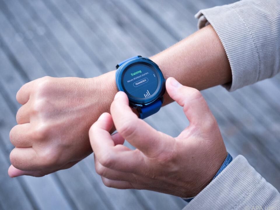 Die Smartwatch soll ihre Träger zu mehr Bewegung animieren