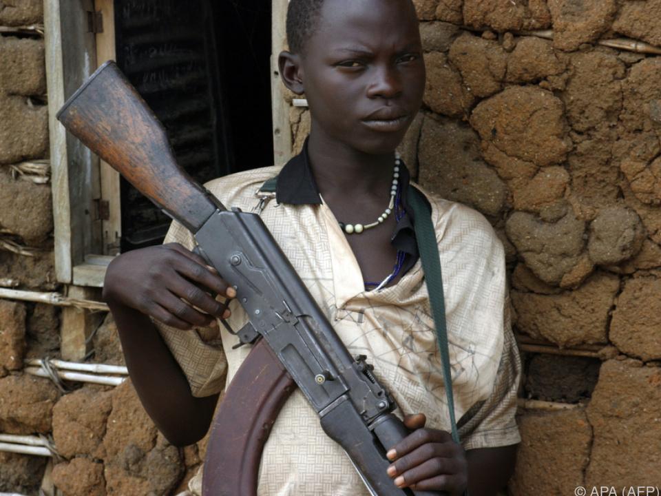 Die Kindersoldaten sind zwischen sieben und 13 Jahre alt