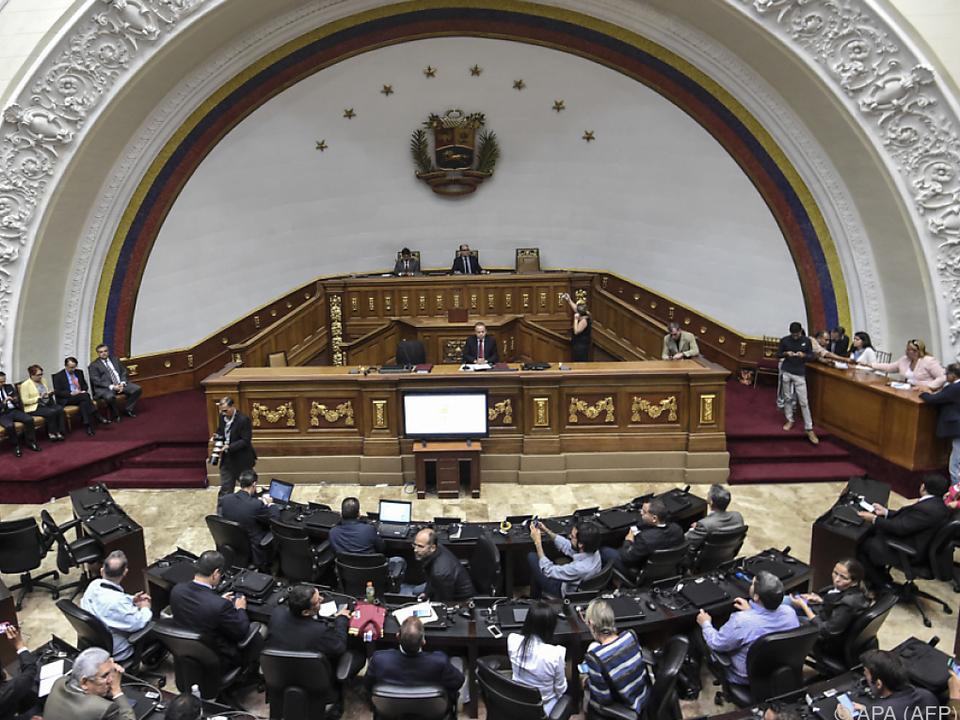 Die Nationalversammlung tagt