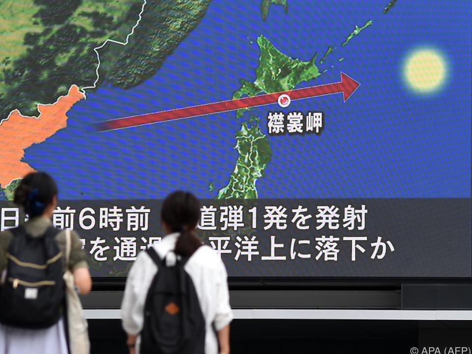 Die Rakete flog über Japan hinweg