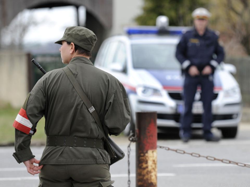 Heer und Polizei sollen zusammenarbeiten brenner