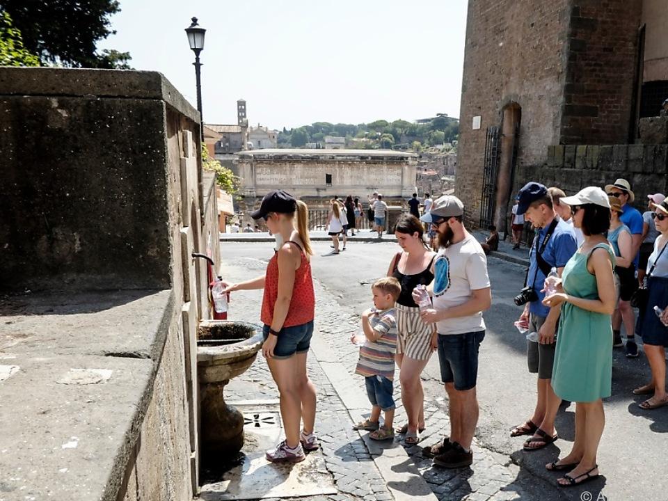 In Rom wird schön langsmam das Wasser knapp