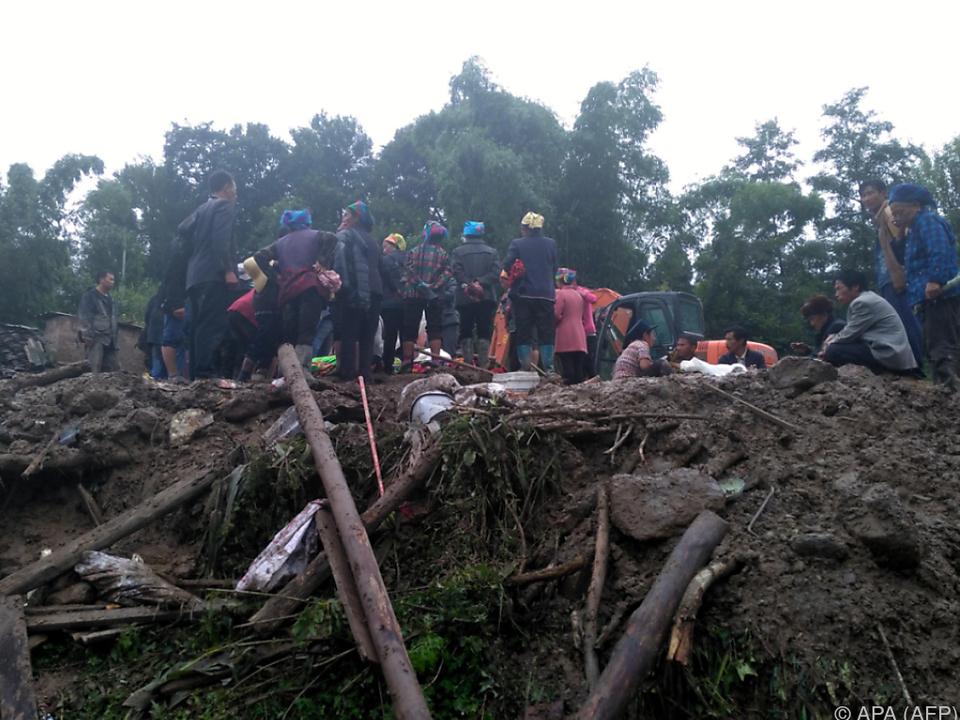 Mehr als 500 Menschen seien von dem Unglück betroffen