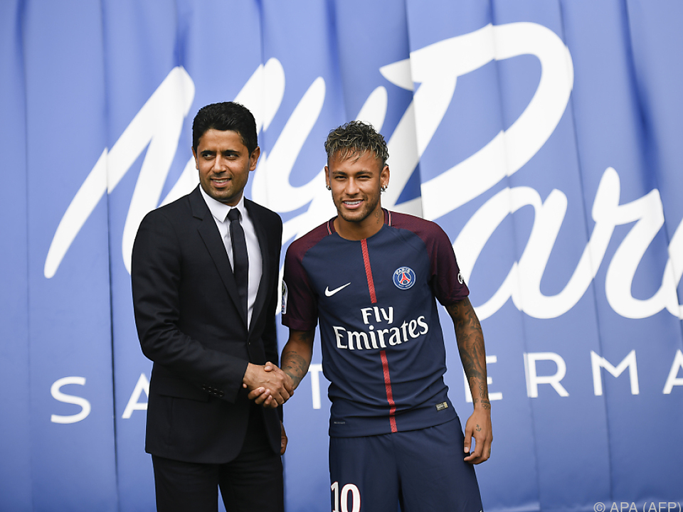 Neymar mit PSG-Präsident Nasser al-Khelaifi