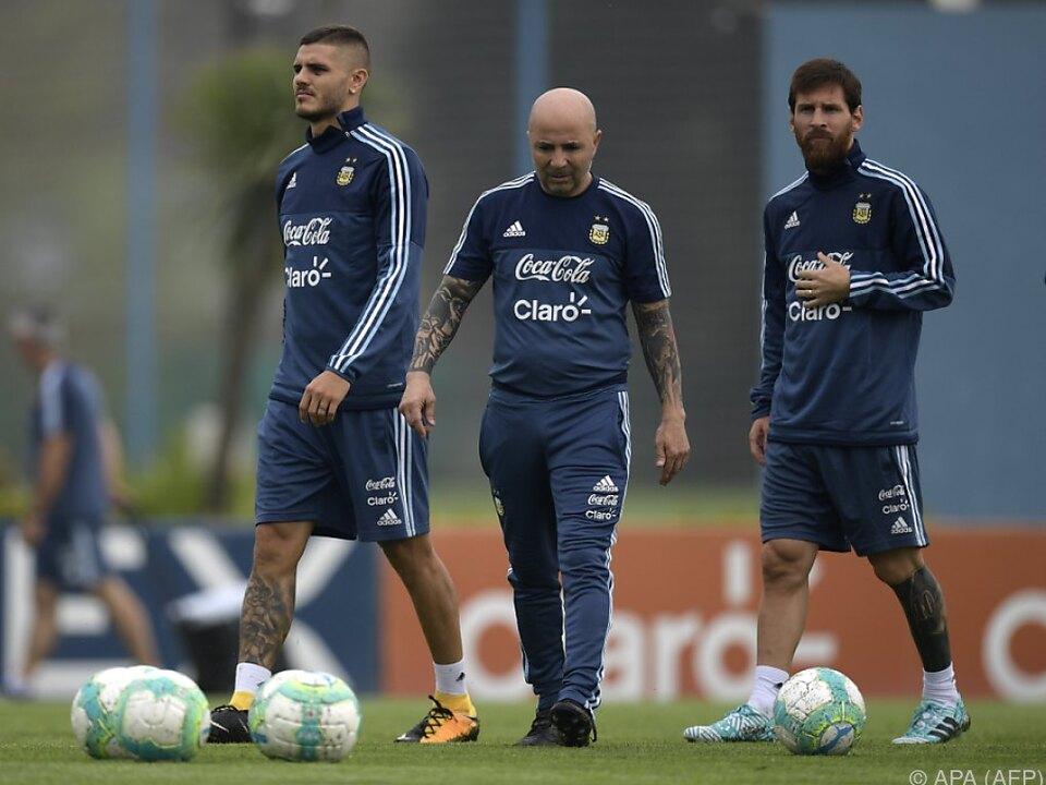 Sampaoli setzt auf Icardi (L) und Messi