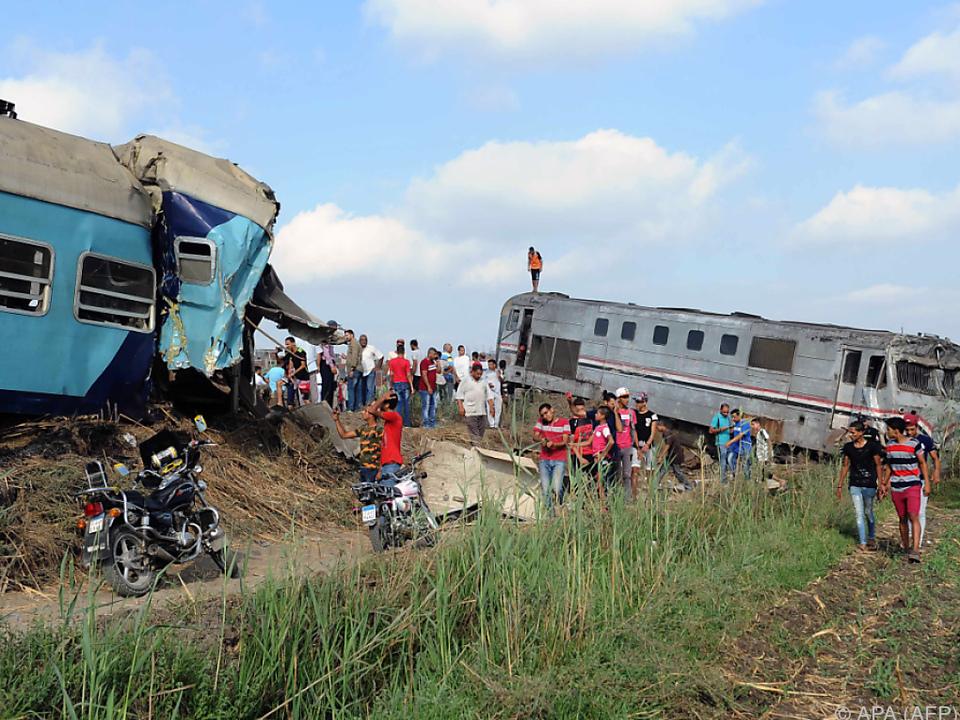Zwei Züge kollidierten in Alexandria