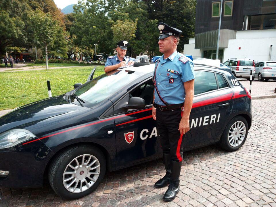 20170911-pattuglia-dei-carabinieri-al-parco-della-stazione-di-bolzano